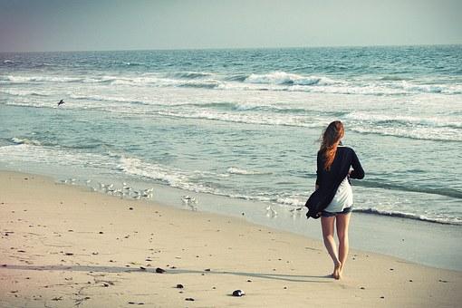 beach-woman-1149088__340