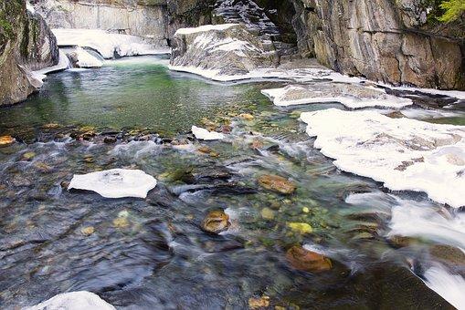 warren-falls-1935615__340