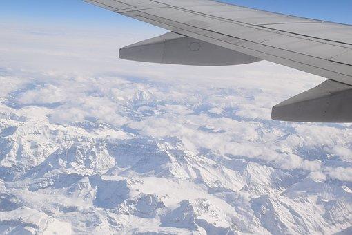 plane-1691960__340