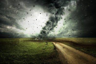 cyclone-2102397__340